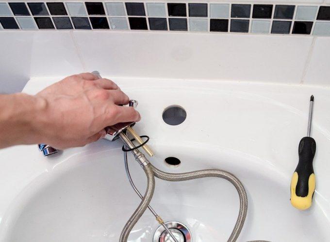 plumber-2788332_960_720